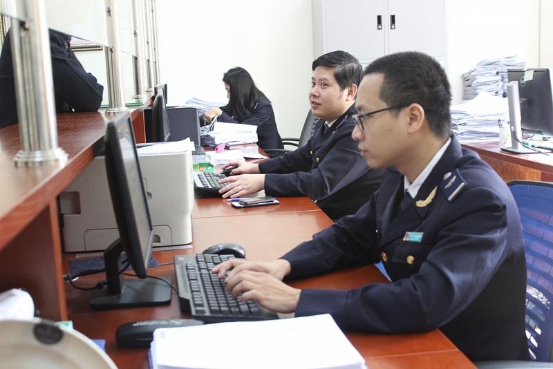 Cơ quan Hải quan đang đề xuất các phương án hỗ trợ doanh nghiệp về nộp C/O do bị ảnh hưởng bởi dịch Covid-19. Ảnh: N.Linh