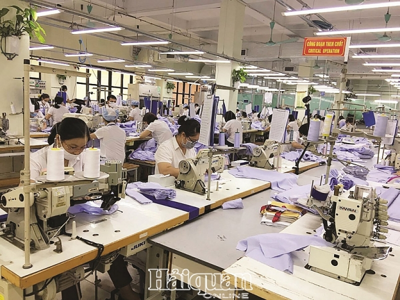 Năm nay xuất khẩu dệt may dự kiến chỉ đạt 39,6 tỷ USD. Ảnh: Nguyễn Thanh.