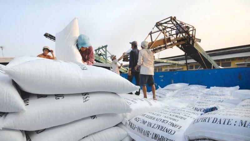 Dự kiến cả năm nay, xuất khẩu gạo sẽ đạt 6,5 triệu tấn, thực tế giá gạo Việt thấp nhất gần 12 năm