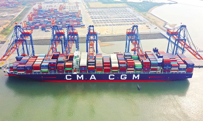 Gánh nặng chi phí vẫn đè lên vai doanh nghiệp. Cảng Gemalink Bà Rịa - Vũng Tàu. Ảnh: Lê Toàn